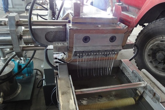 Гидравлическая система смены фильтра. Стренговая голова.